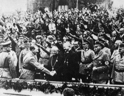 La Iglesia católica colaboró con el nazismo